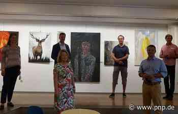 Regenbogen: 27 Künstler stellen im Bürgerspital aus - Plattling - Passauer Neue Presse