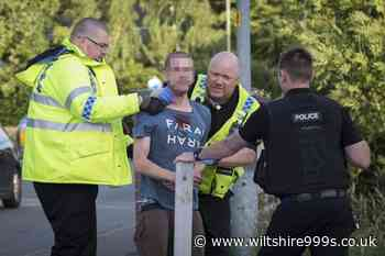 Socially distanced punch up? Man arrested after brawl outside Wiltshire pub - Wiltshire 999s