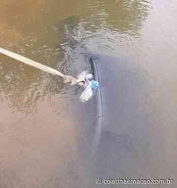 Carro é encontrado dentro do Rio Doce em Itueta-MG - Colatina em Ação