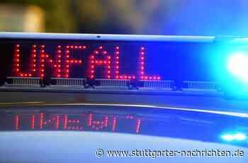 Unfall bei Schwieberdingen: BMW schleudert gegen Reisebus - Ludwigsburg - Stuttgarter Nachrichten