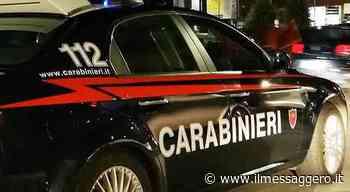 Bologna, tenta di strangolare la moglie: la figlia 16enne chiama i carabinieri - Il Messaggero