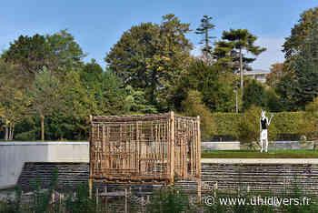 Exposition de sculptures MAC VAL mardi 14 juillet 2020 - Unidivers