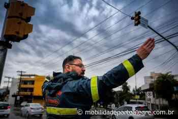 Obras de drenagem motivam desvios na região dos bairros Jardim Itu e Jardim Sabará - Mobilidade Porto Alegre