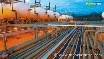 Natural gas futures jump 5.45% in afternoon trade