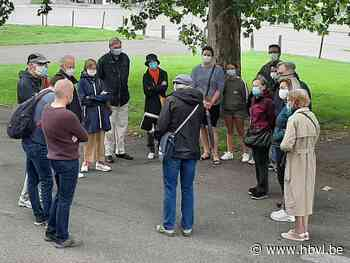 Eerste wijkwandeling lokt veel deelnemers (Hasselt) - Het Belang van Limburg