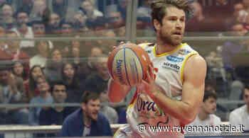 Il play Marco Venuto resta con l'OraSì di Ravenna: rinnovato il contratto per la prossima stagione - ravennanotizie.it