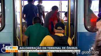 Mesmo com acréscimo de 218 ônibus extras em Fortaleza, passageiros reclamam da demora e aglomeração em dois terminais - G1