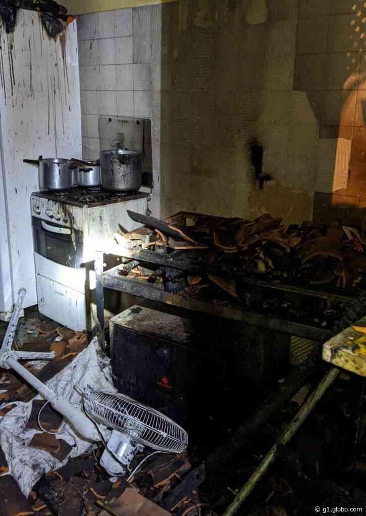 Incêndio destrói parte da Casa de Ranquines em Penedo, Alagoas - G1