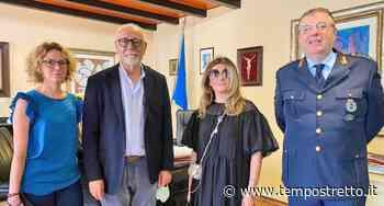 Tv russa a Taormina per raccontare la vita in Sicilia. Conduttrice ricevuta dal sindaco - Tempo Stretto