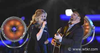 Garth Brooks and Trisha Yearwood delay concert, will quarantine for 2 weeks - wtkr.com