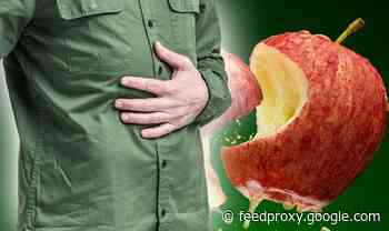 Stomach bloating warning: Why you should avoid eating apples - and what to eat instead