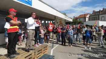 Carrefour Contact ferme : retour sur la manifestation des salariés à Romilly-sur-Seine - L'Est Eclair