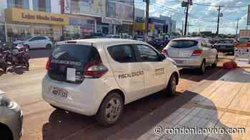 ROLIM DE MOURA: Fiscais cumprem decreto e podem fechar comércios em município - Rondoniaovivo
