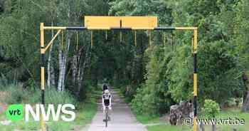 """Onbekende spant visdraden dwars over fietspad in Dilsen-Stokkem: """"Gelukkig glinsterden ze in de zon"""" - VRT NWS"""