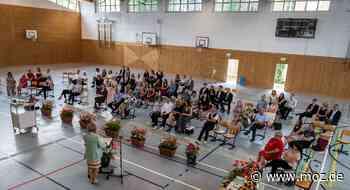 Zeugnisse: Schüler des OSZ in Strausberg liefern gute Leistungen trotz Corona - Märkische Onlinezeitung