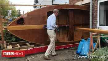 Paignton boat builder had to remove patio door to launch vessel