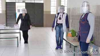 Educação envia 2 mil máscaras de acrílico para servidores - Folha De Cianorte
