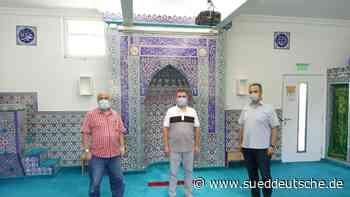 Moschee in Markt Schwaben: Beten mit Abstand - Süddeutsche Zeitung