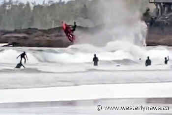 Tofino beachgoers 'horrified' by watercrafts in surf zone – Tofino-Ucluelet Westerly News - Westerly News