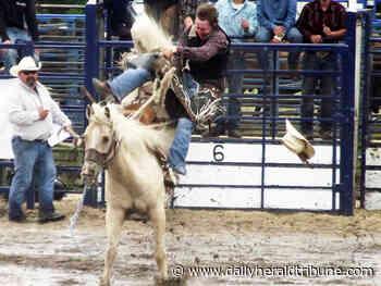 Teulon Rodeo ropes in community - Alberta Daily Herald Tribune