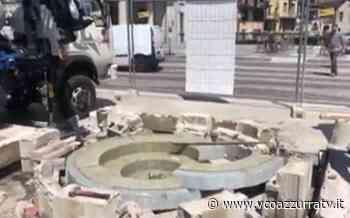 Smantellata la fontana di Largo Cobianchi a Omegna - Azzurra TV