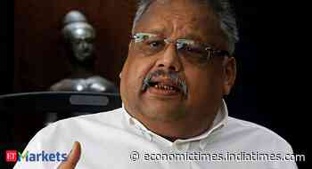 Jhunjhunwala's biggest stock holding divides analysts on recovery outlook - Economic Times