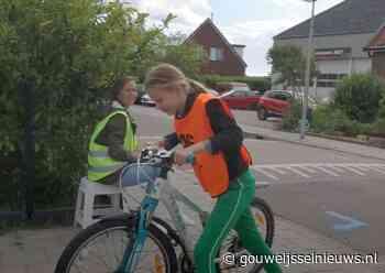 Praktijk verkeersexamens groep 7 gestart in Moerkapelle (+video) - Gouwe IJssel Nieuws