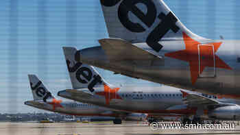Jetstar blamed for Melbourne passengers leaving Sydney airport without COVID screening