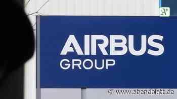 Flugzeugbau: 2000 Stühle mit Fotos: Protest gegen Stellenabbau bei Airbus