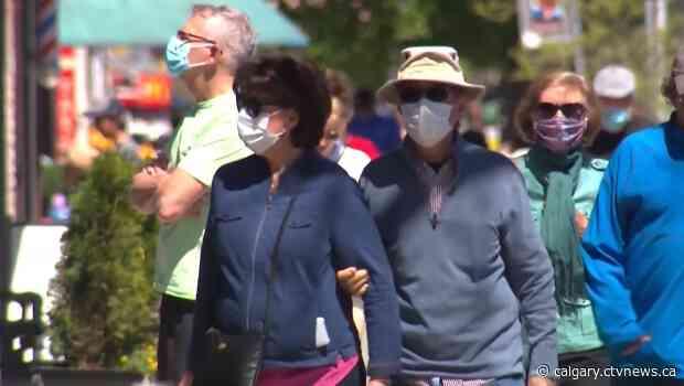 Nenshi warns masks could become mandatory if Calgarians don't take precautions