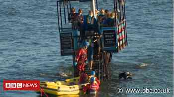 Burgh Island sea tractor breakdown: Sixteen trapped