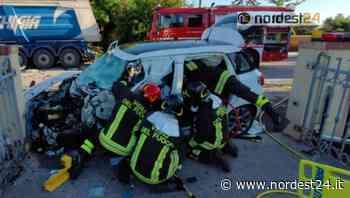 Grave incidente ad Azzano Decimo: scontro frontale auto - camion - Nordest24.it