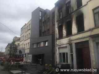 Geen slachtoffers bij uitslaande brand maar woning is zwaar beschadigd - Het Nieuwsblad