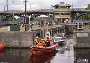 Hartlepool Rnli volunteers River Tees rescue. - rnli.org