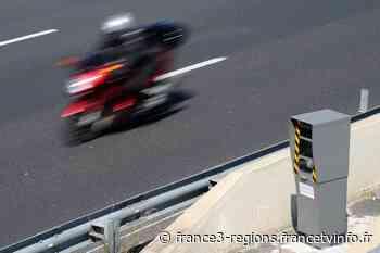 Chartres-de-Bretagne: un motard flashé 14 fois par le même radar est convoqué devant la justice - France 3 Régions