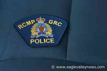West Kelowna RCMP searching for suspects after stolen vehicle dumped - Sicamous Eagle Valley News