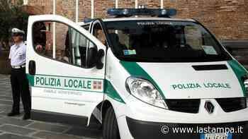 Scontro fra due auto a Casale Monferrato in corso Valentino - La Stampa