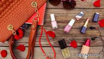 How to Transport Makeup Without Breakage or Spillage - Lifehacker
