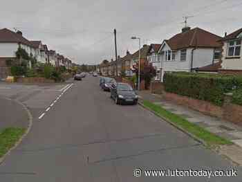 Driver robbed of his van by knife-wielding thug in Luton - Luton Today