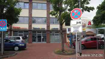 Rosenstadt räumt auf: Wenn in Uetersen die Kehrmaschine kommt: Autofahrern drohen Knöllchen | shz.de - shz.de
