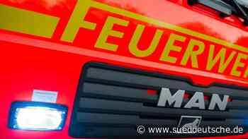 Unterkunft wegen brennenden Mülls geräumt: Bewohner verletzt - Süddeutsche Zeitung