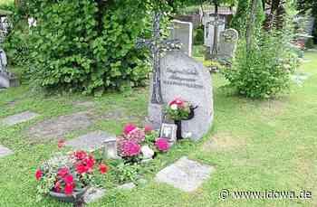 Plattling: Zu Ehren des verstorbenen Altbürgermeisters - idowa
