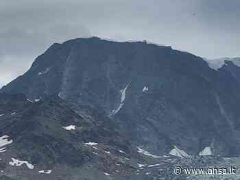 Cade per 400 metri su Monte Bianco,morto - Agenzia ANSA