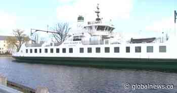 Wolfe Island ferry to depart, arrive at winter dock for next 3 years - Globalnews.ca