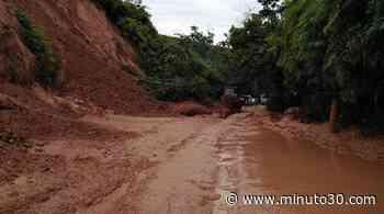 Así amaneció la vía Yalí - Vegachí debido a los derrumbes producto de las fuertes lluvias en la zona - Minuto30.com