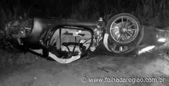 Casal de Araçatuba fica ferido após capotar Porsche em vicinal de Birigui - Folha da Região