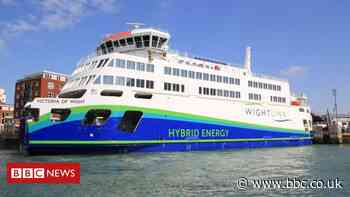 Coronavirus: Wightlink and Red Funnel end vehicle deck rules