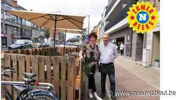 """Nikky's Tearoom breidt terras uit langs fietspad: """"Een echte eyecatcher"""" - Het Nieuwsblad"""