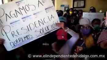 Tianguistas de Tlaxcoapan se manifiestan, solicitan trabajar - Independiente de Hidalgo