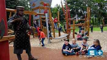 Hilchenbach: Ministerin eröffnet Ritterburg-Spielplatz - Westfalenpost